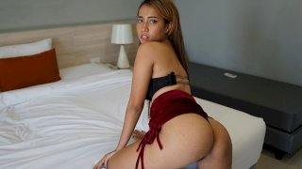 Hot Asian Babe Fucked And Facialed - TukTuk Patrol